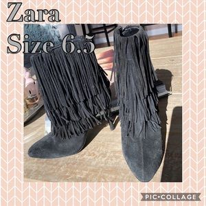 Zara fringes bootie, great condition